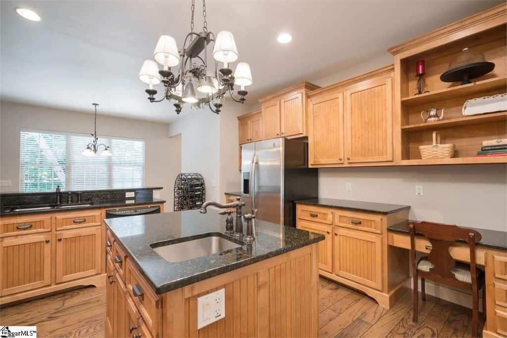 1204 Kitchen2